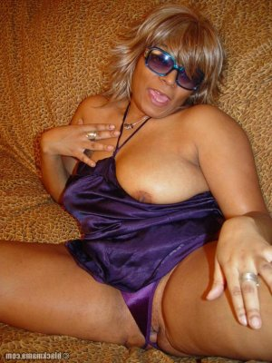 Ilanite escort hermaphrodite Ville-la-Grand, 74